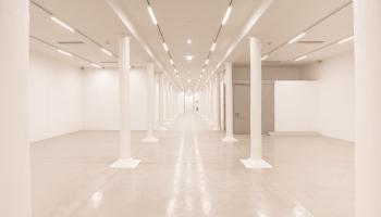 Kunsthalle Krems Halle mit Säulen